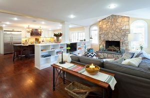 Open-floor-plan-organized-with-shleving-units